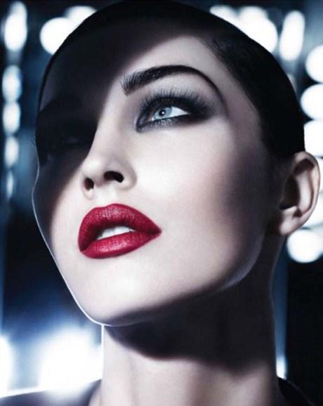 [POZE] Ce se poarta in materie de make-up in 2012!