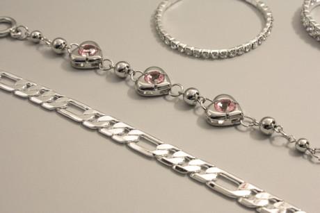 Cum sa redai stralucirea bijuteriilor din argint