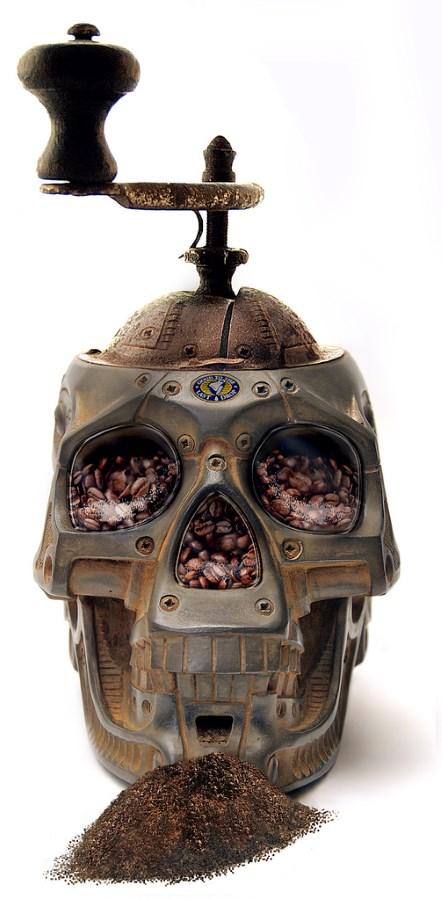 Ucigasul de cafea sau rasnita fioroasa