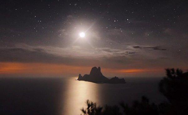 TIMELAPSE Ibiza: schimbările de pe cerul nopţii in imagini spectaculoase