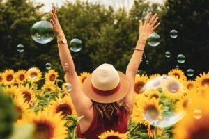Renunta la aceste lucruri ca sa poti fii cu adevarat fericita
