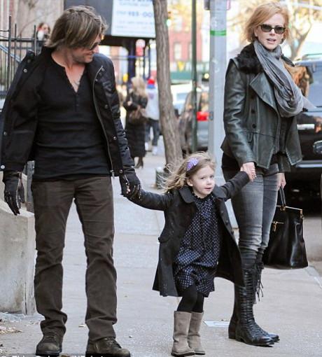 POZE: Nicole Kidman si Keith Urban impreuna cu fetita lor, Sunday Rose!