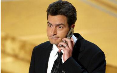 Vrei sa-l suni pe Charlie Sheen? Avem noi numarul lui!
