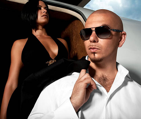 "Pitbull a lansat videoclipul piesei ""International Love"" feat. Chris Brown!"