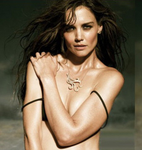Katie Holmes a pozat topless! Noul trend de a vinde bijuterii! Sexy or what?