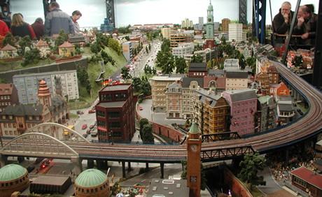 VIDEO: Miniatur Wunderland din Hamburg, cea mai mare macheta cu trenulete electrice din lume!