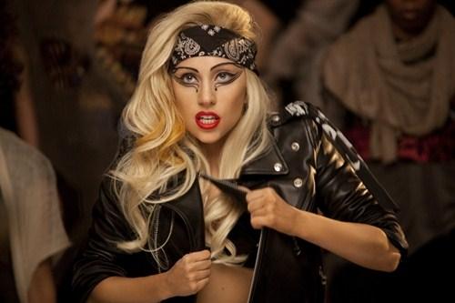 Cat costa biletele la concertul lui Lady Gaga!