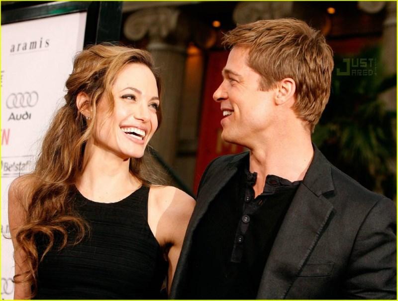 Angelina Jolie si Brad Pitt au hotarat sa faca o nunta ca in povesti. Vezi aici unde si cand