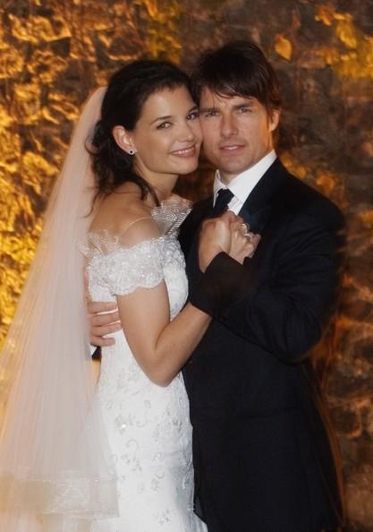 Tom Cruise si Katie Holmes divorteaza