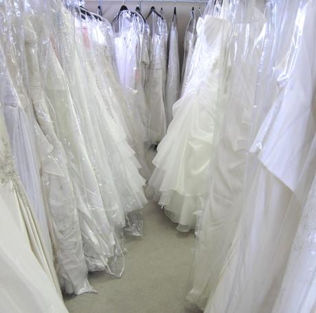 Cum sa nu cheltuiesti multi bani pe rochia de mireasa?
