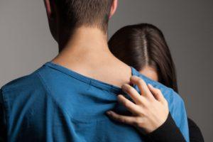 Modalitatile prin care ii poti invinge iubitului tau teama de angajamente