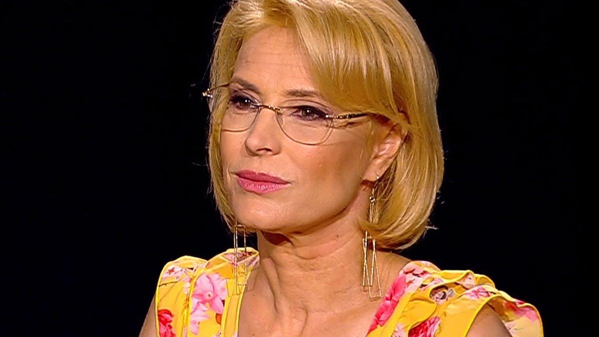 Monica Davidescu declara ca nu se plictiseste in casa