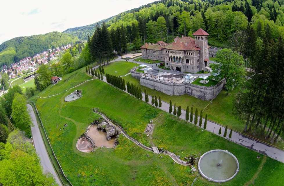 Fabuloasa istorie a Castelului Cantacuzino din Busteni