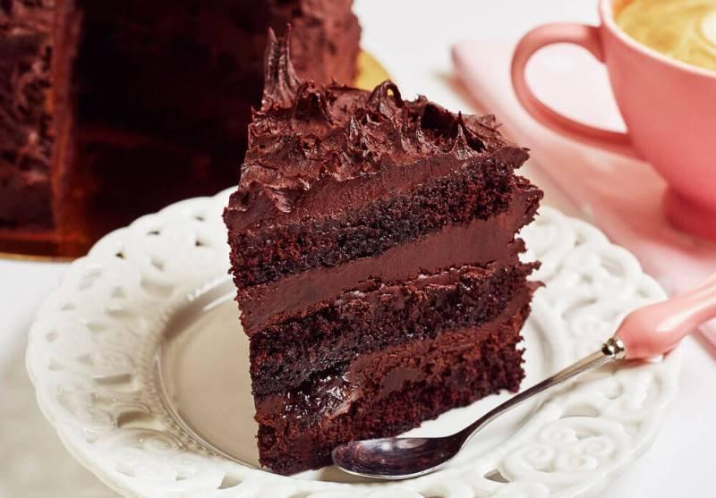 p048_tort_cu_ciocolata_neagra_mara_mura_felie